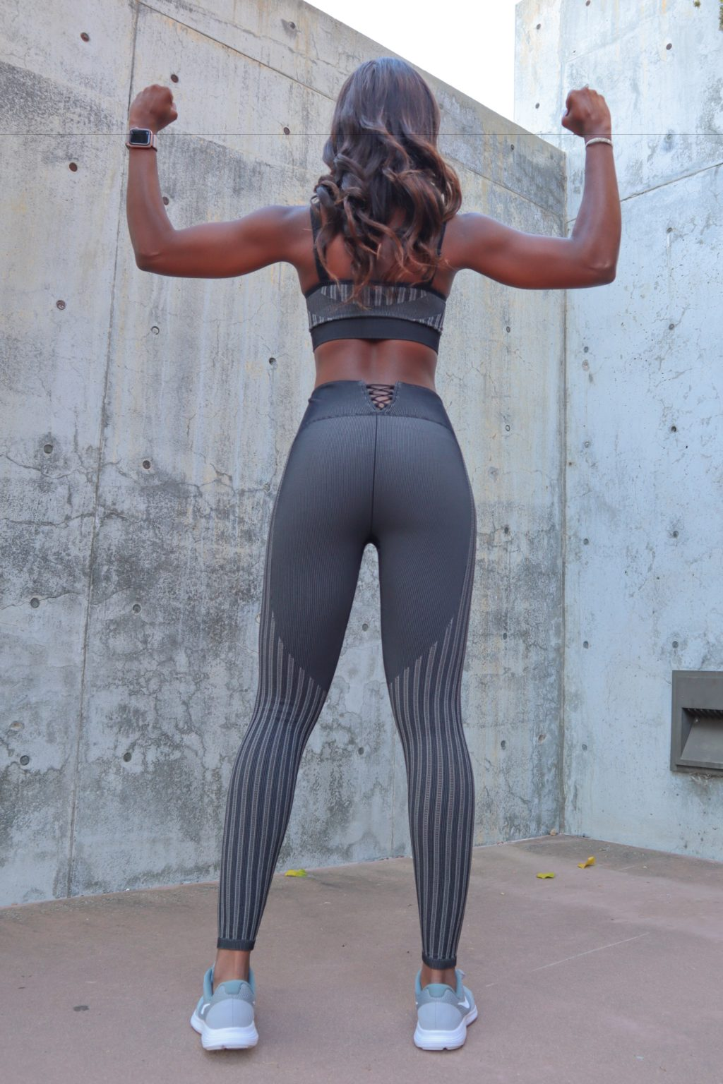 fabletics x Kelly Rowland reviews